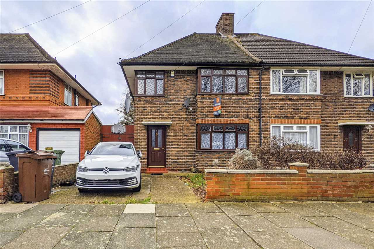 Thicket Grove, Dagenham, Essex, RM9